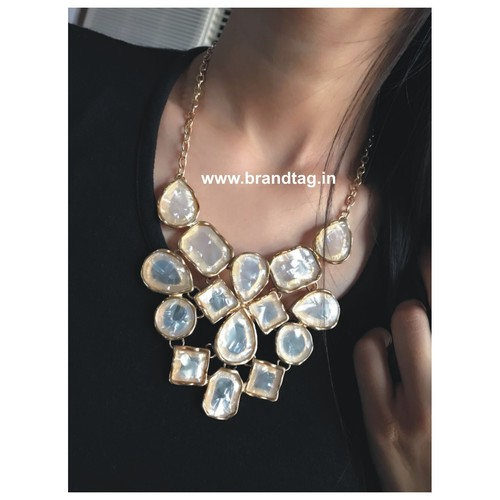 Dazzling Modern  Necklace set !