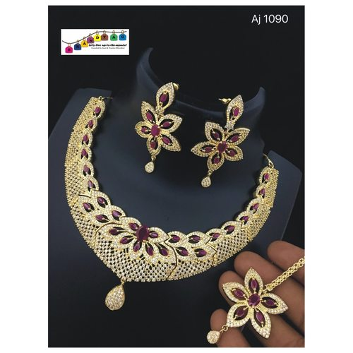 Mesmerising  Necklace set!!