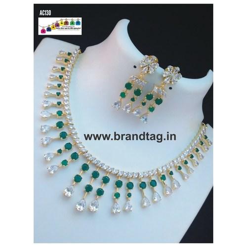 Sparkling Elegant Neck fitted Necklace set !