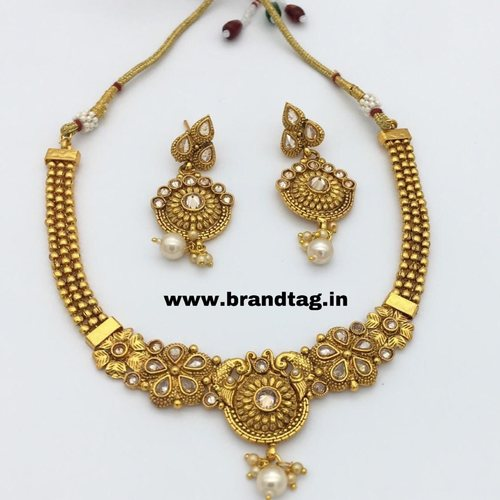 BrandTag's Beautiful Golden Necklace sets from its Lavanya Collection !