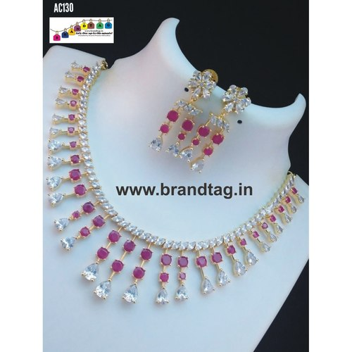 Stunning Diamond Necklace set !