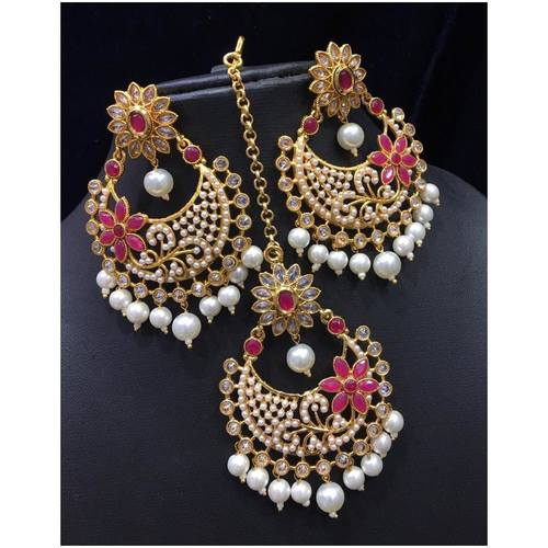 BrandTag's Rangoli Earrings from its Exclusive Holi Collection !