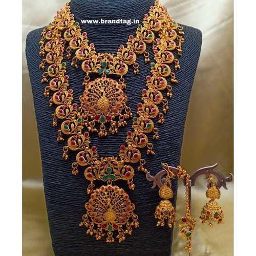 BrandTag's Matte Golden Kadambari Necklace set