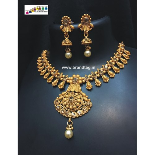 Stunning Matt finished Golden Neckace set !