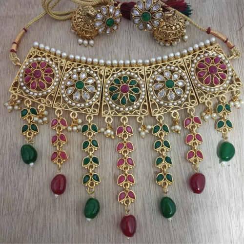 BrandTag's Shanaya Necklace set !