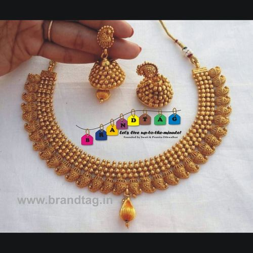 Beautifully designed Golden Koyari Matt finished Necklace set!