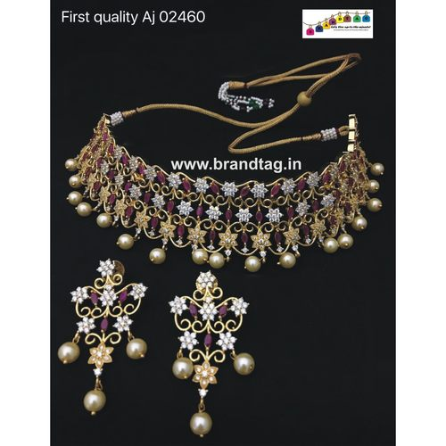 Exquisite  Beautifully Designed  Diamond Necklace Set!!