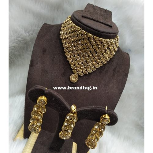 BrandTag's Elegant Shagun Necklace set !