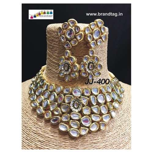Finely Designed Polki Necklace Set!!