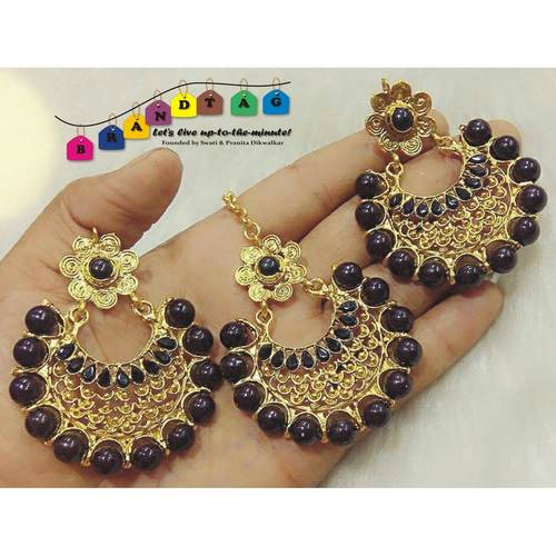 Beautiful Black & Golden Mangtikka + Earing Combo!