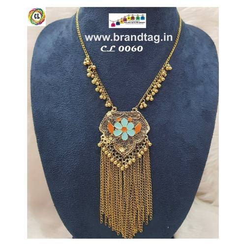Golden Chic Necklace !