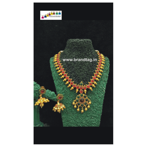 Traditional Golden Necklace set!