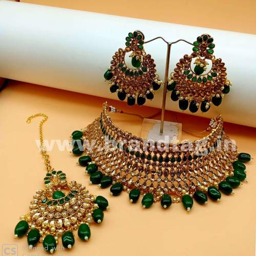 BrandTag's Kavya Necklace set for women !