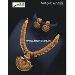 Exqusite  Golden Divine Temple  Necklace set!!