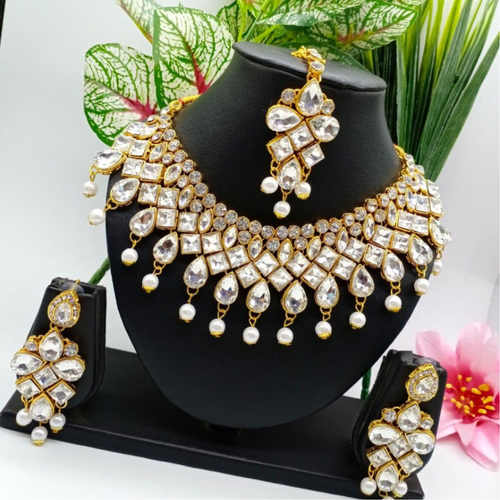 BrandTags Kesar Necklace set