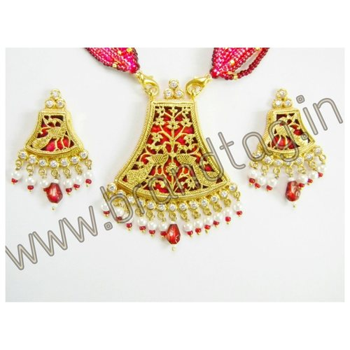 Beautifully Designed Pink Authentic Thewa Art Jewellery set for women !