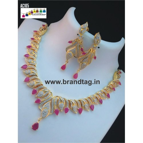 Beautifully Designed Contemporary Neck fitted Necklace sett !