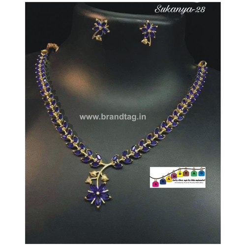 Traditional Yet Contemporary Necklace set!