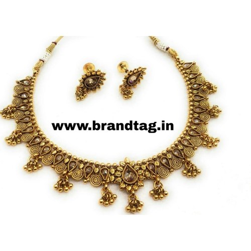 BrandTag's Anvesha Necklace set for women