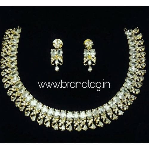 Beautifully Designed Round Shaped AD Necklace set for women !