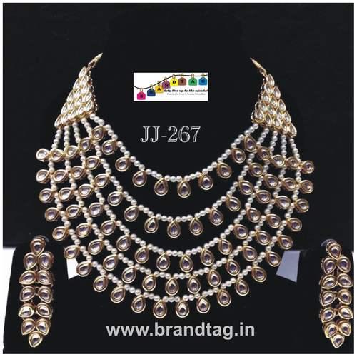 Special Raksha Bandhan collection!! Royal elegantl Kundan Necklace set....!!!