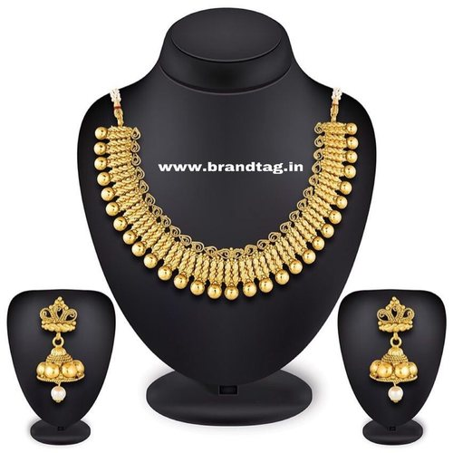 BrandTag's Ethnic Necklace set from its Latika Collection !