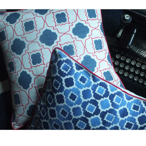 BLUE AND PINK JAALI CUSHION COVER (16inches*16inches)