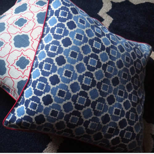 BLUE JAALI CUSHION COVER (16inches*16inches)