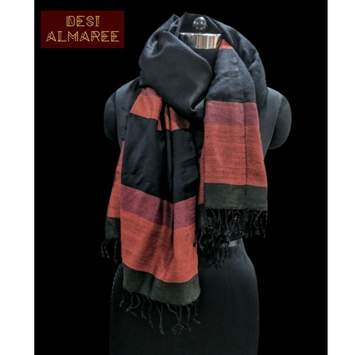 Black and maroon handwoven woolen stole from Uttarakhand