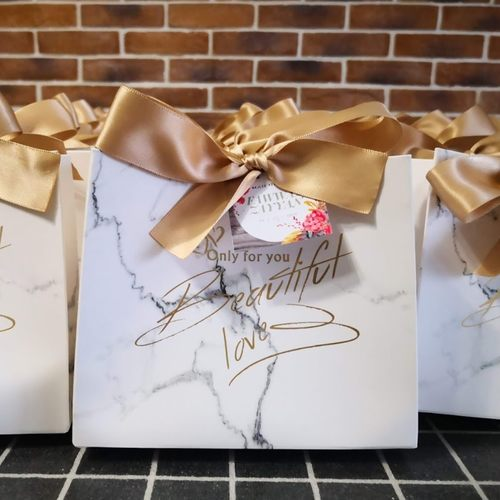 Gift Box B with Filings and Customized Tag