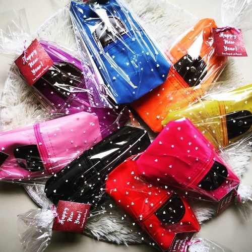 Make Up Pouch with Packaging and Tag