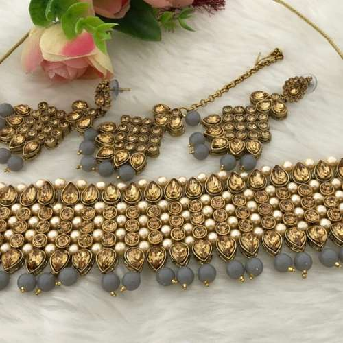 necklace earings and tikka set