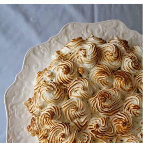 Kafir Lime Meringue Cake