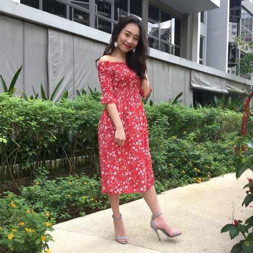 Floral Offsie Midi Dress (Red)