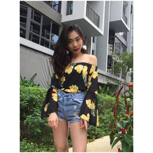 Floral Bell Sleeve Off Shoulder (Black)