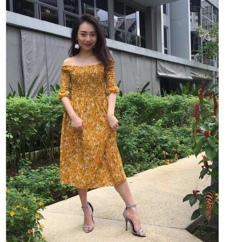 Floral Offsie Midi Dress (Yellow)