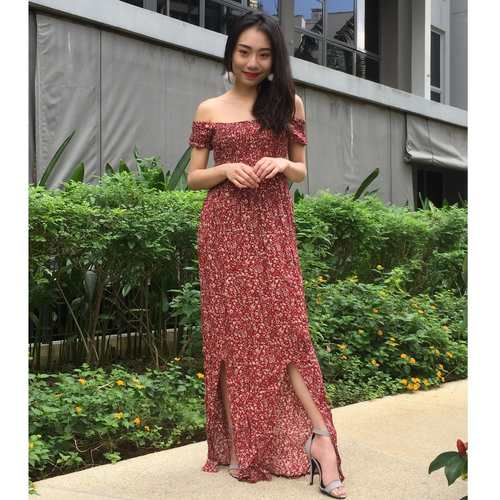 Floral Offsie Maxi Dress (Red)