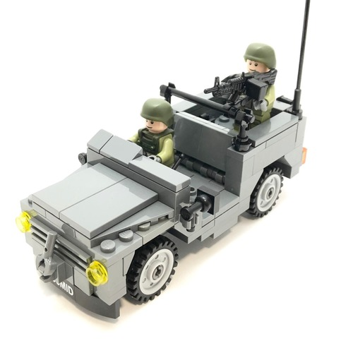 MB240 Scout Jeep Minifigure Scale - 306