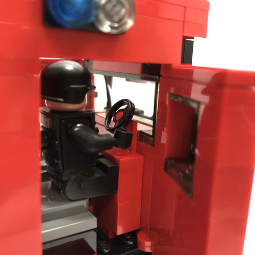 Anti-Riot Vehicle Minifigure Scale - 402