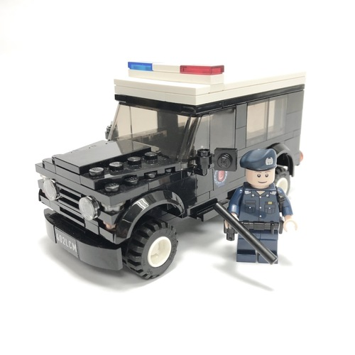 Police Land Rover Defender - 401