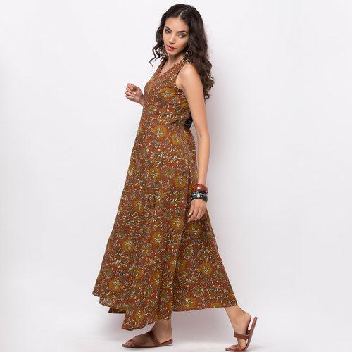 Naksh Casual Kurti Sleeveless Floral Print