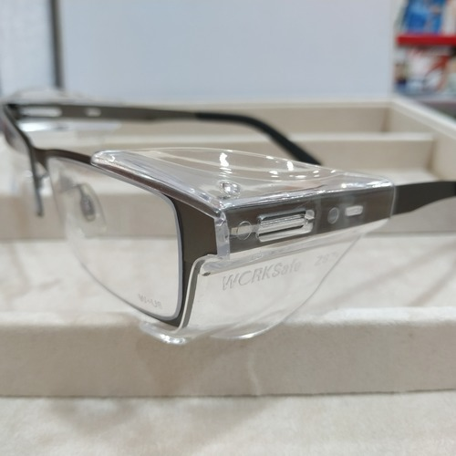 Worksafe Avos with safety lenses uncoated stock