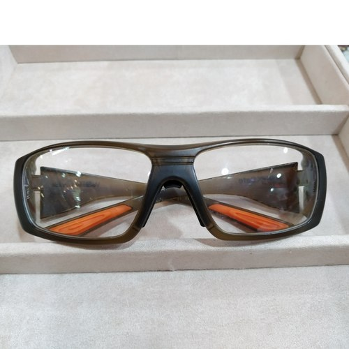 Worksafe Kuiper Brown with safety lenses uncoated stock
