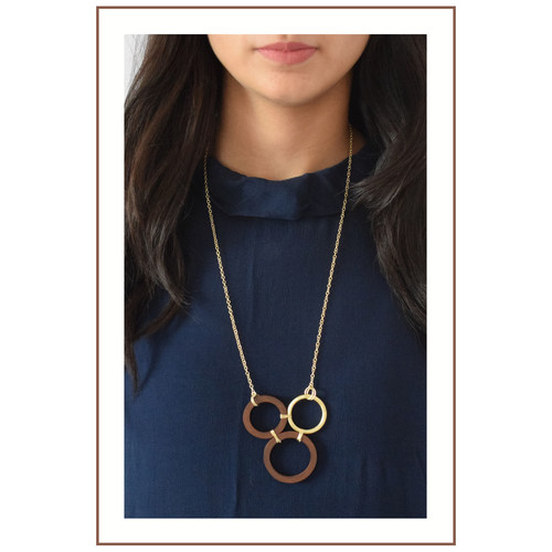 Tri circle neckpiece