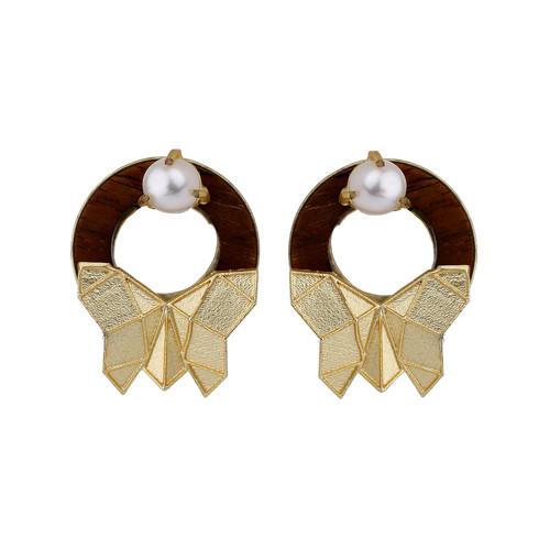 Butterfly Stud-Pearl