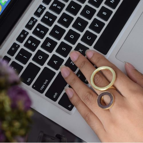 Dual circle ring