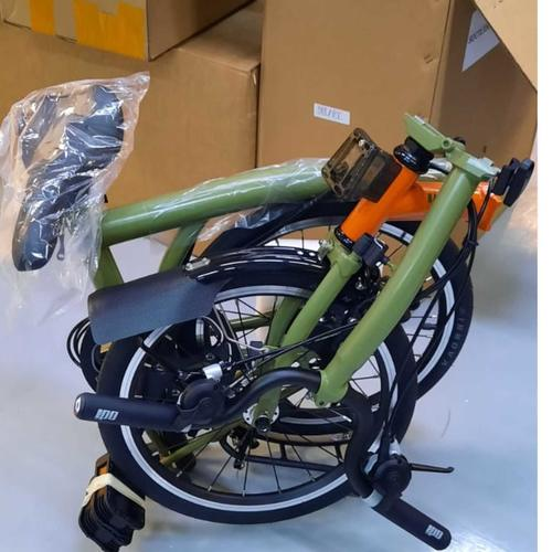 CAMP Royale Foldable Bicycle - folds & rolls like a Brompton
