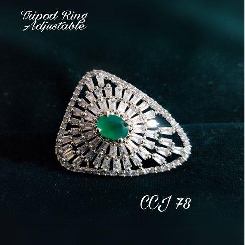 Tripod Ring