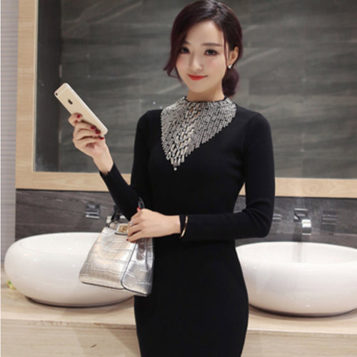 Embellished Woollen Knee Length Dress