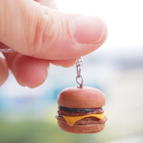 Miniature Food Workshop - Burger Charm